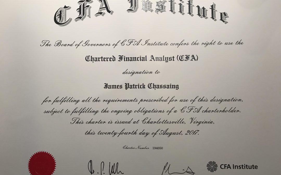 تحلیلگر مالی مجاز یا CFA چیست؟